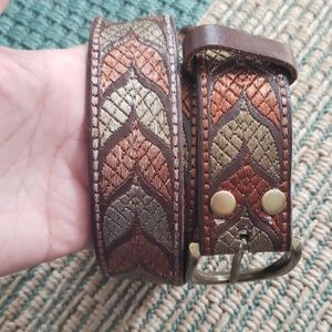 Lucky Brand Embroidered Brown leather belt